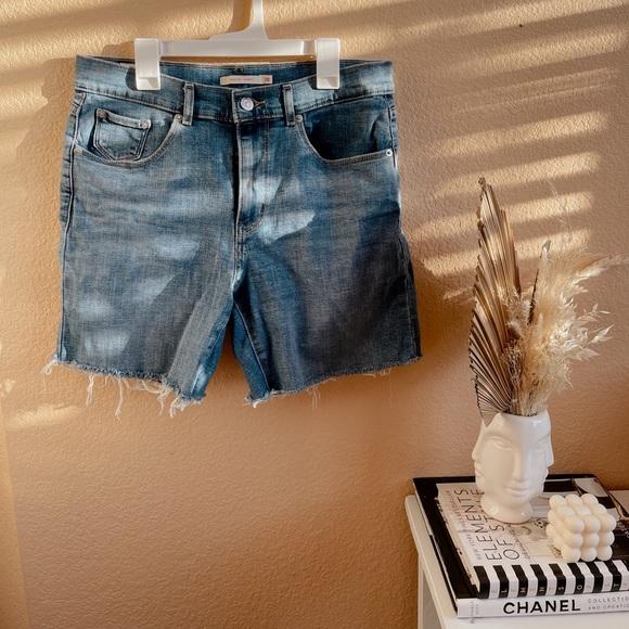 Mid-Length Levi Shorts